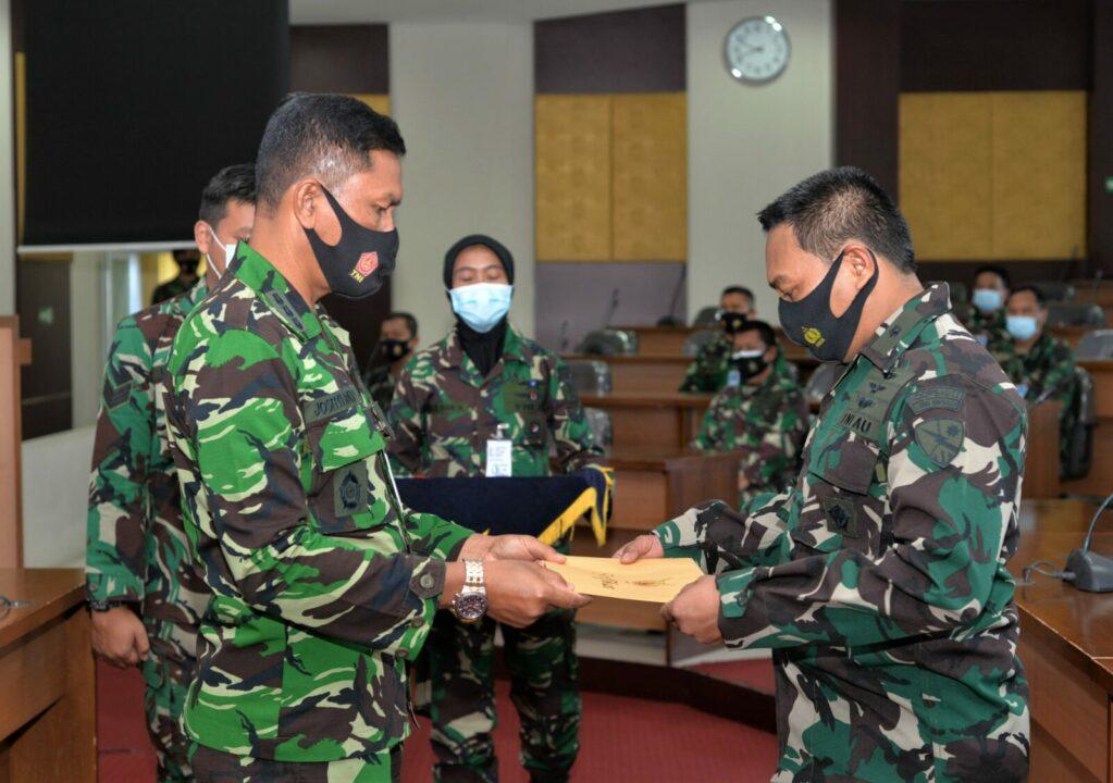 Seslem Seskoau Menutup Susdansat TNI AU Tahun 2020