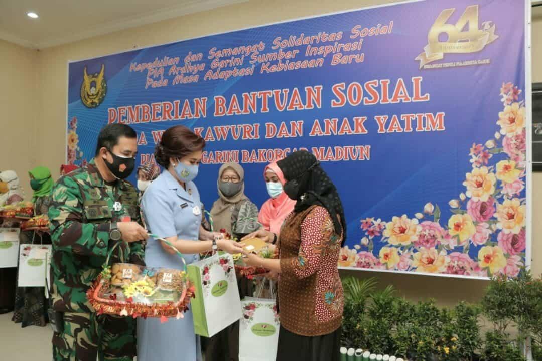 Silaturahmi PIA AG Bakorcab Madiun Dengan Warakawuri Dan Anak Yatim Lanud Iswahjudi