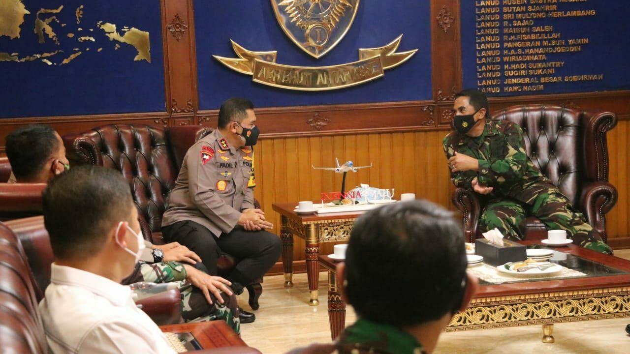 Pangkoopsau I Terima Kunjungan Courtesy Call (CC) Kapolda Metro Jaya Yang Baru