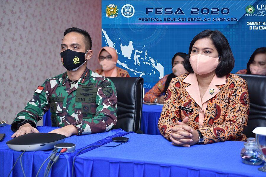 Danlanud Supadio Beserta Ketua Yasarini Pengurus Cabang Ikuti Pembukaan FESA