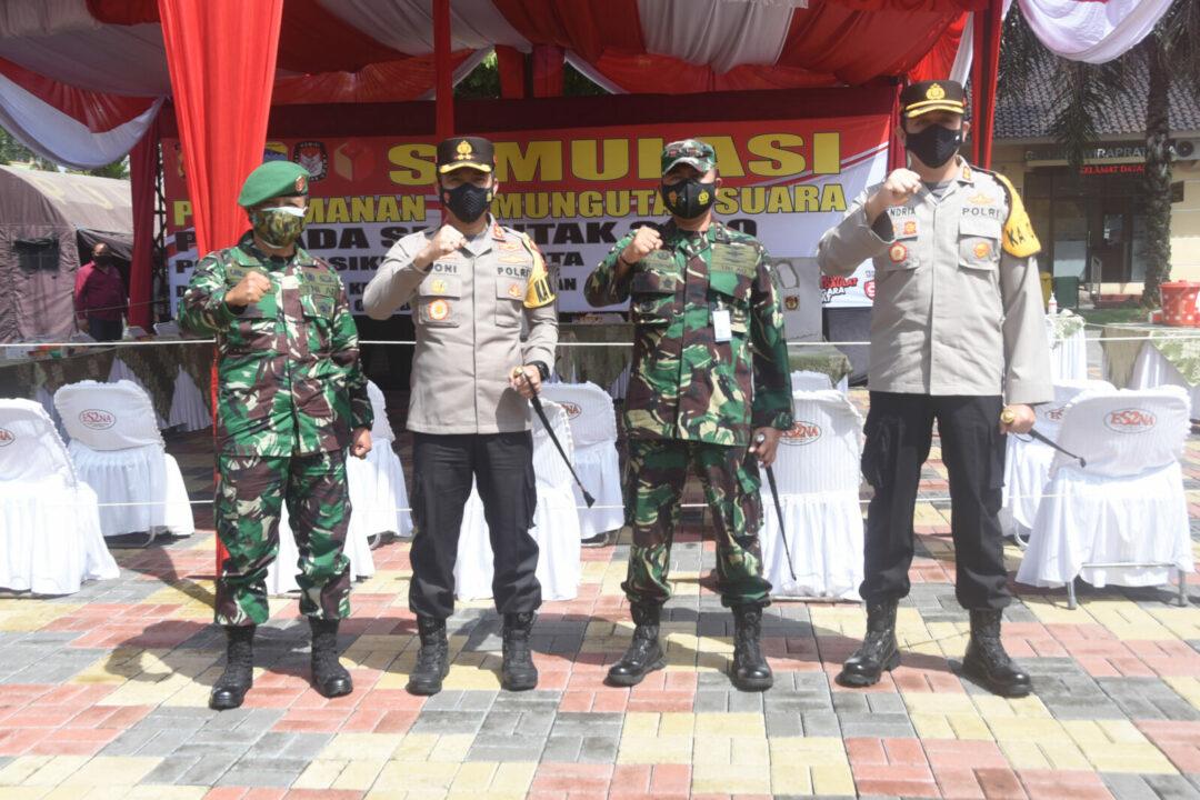 Danlanud Wiriadinata Saksikan Simulasi Pengamanan TPS Pilkada Kabupaten Tasikmalaya