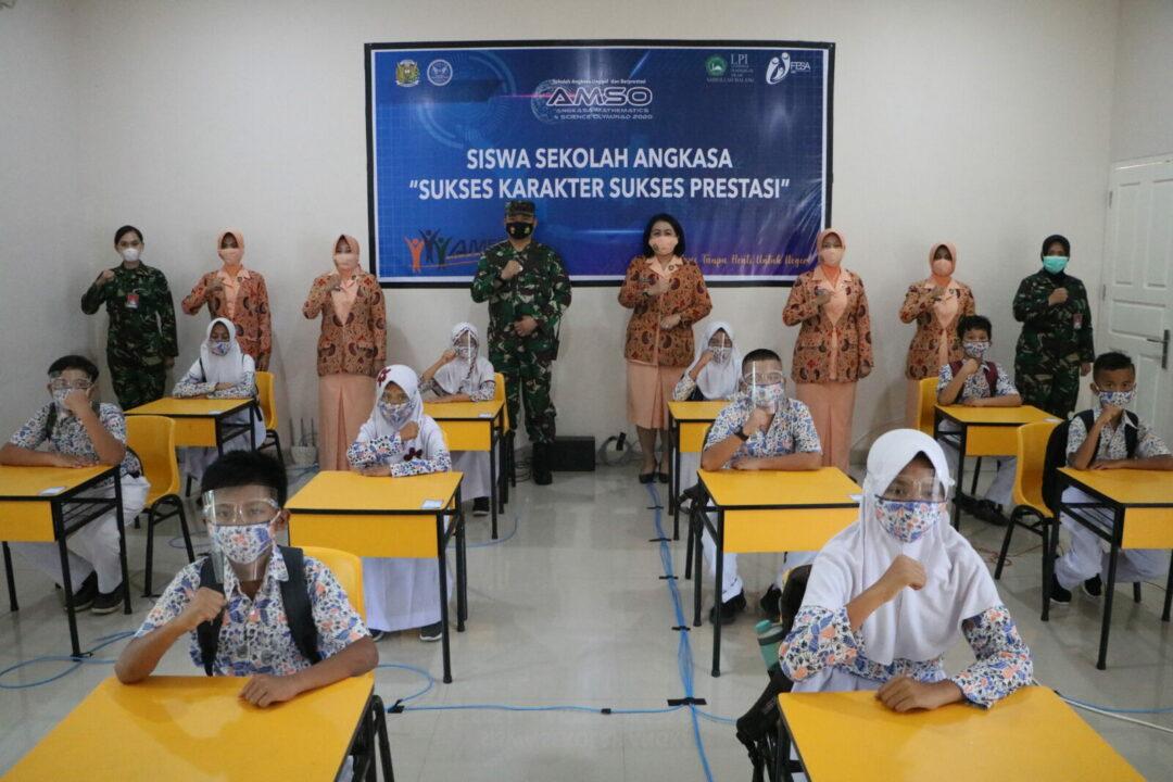 Ketua Yasarini Pusat : Sekolah Angkasa Harus Berprestasi Tingkat Internasional