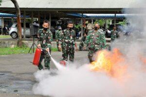 Koopsau I Simulasikan Penanggulangan Kebakaran