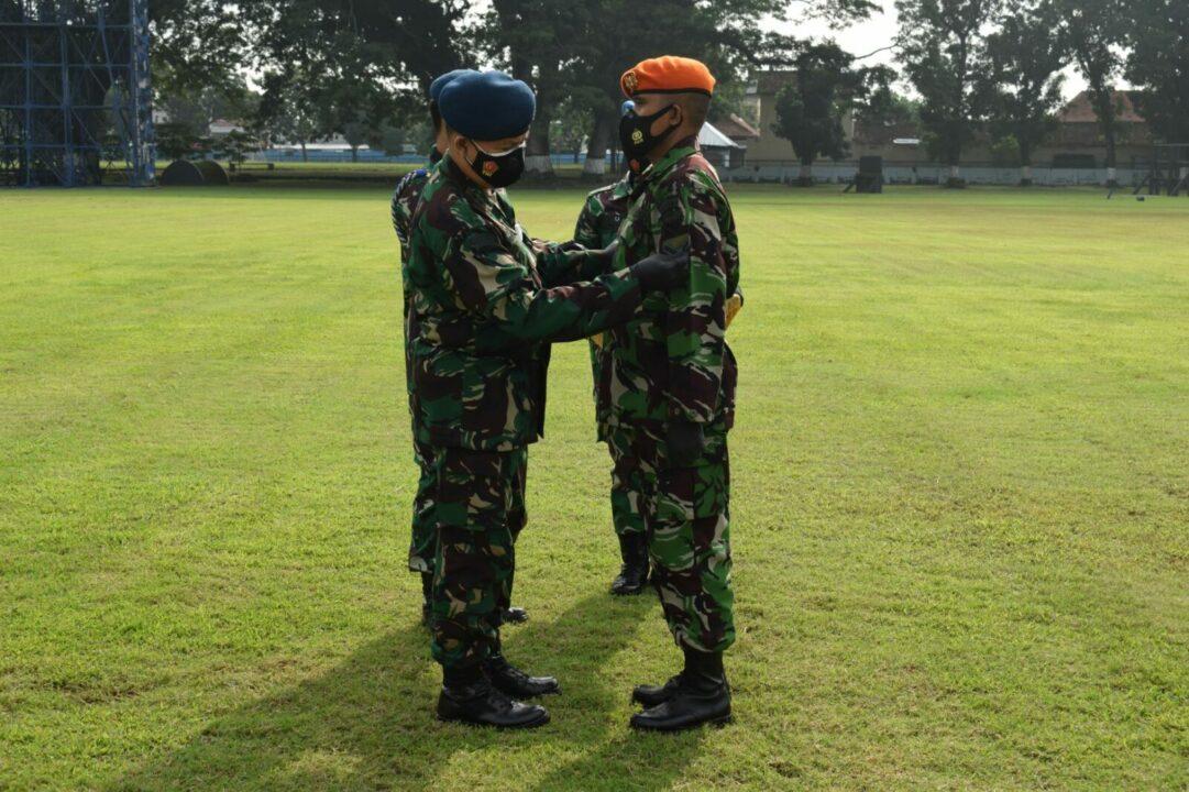 Dankodiklatau Lantik 250 Bintara Baru TNI AU