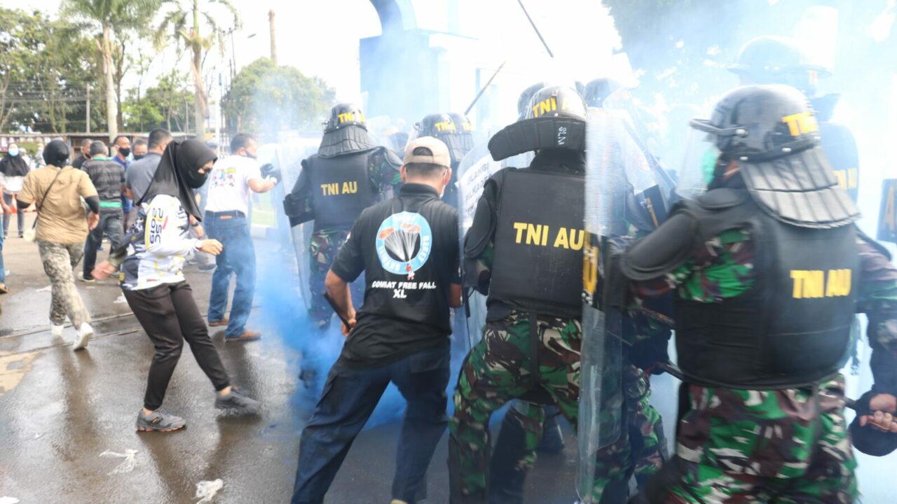 Kerusuhan Pilkades di Kelurahan Lanud Sulaiman Kecamatan Margahayu