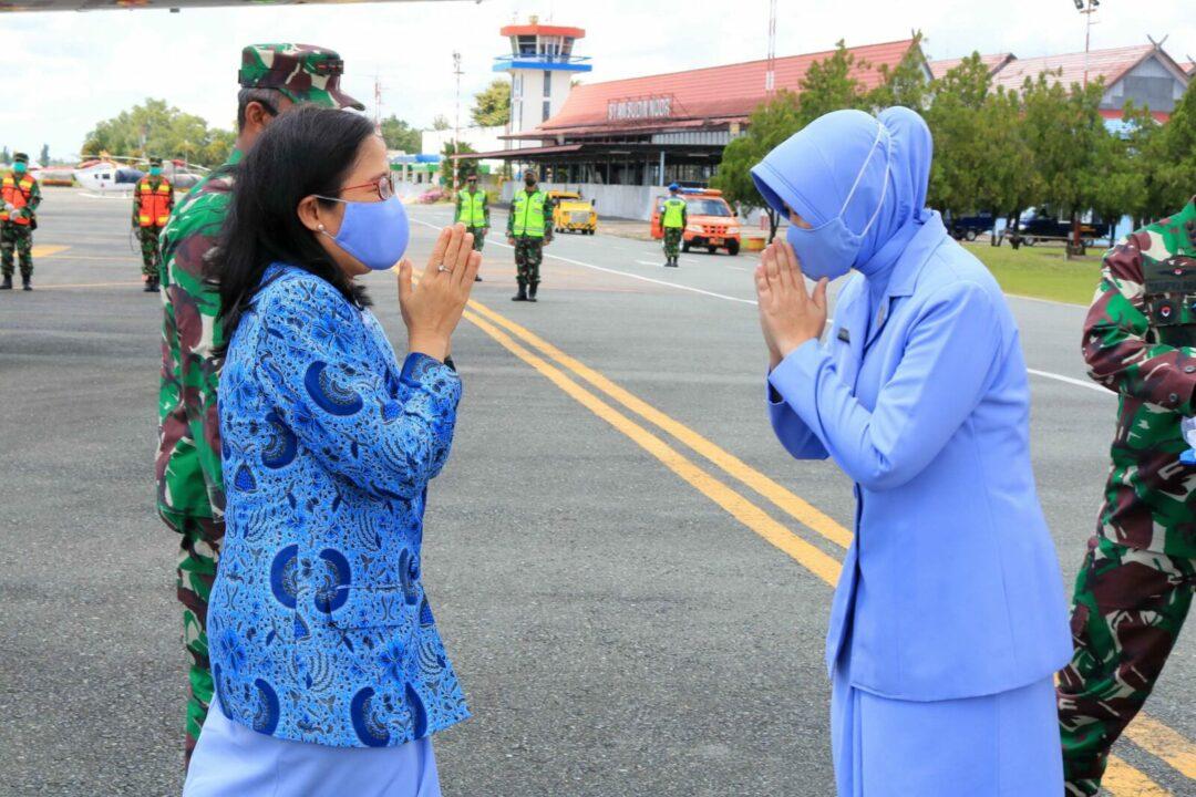 Bersama Pangkoopsau II, Ketua PIA AG Daerah II Koopsau II Laksanakan Kunjungan Kerja di Lanud Sjamsudin Noor