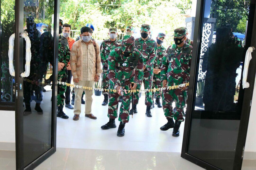Kunjungi Lanud Sjamsudin Noor, Pangkoopsau II Tinjau dan Resmikan Beberapa Sarana Fasilitas di Lanud Sjamsudin Noor