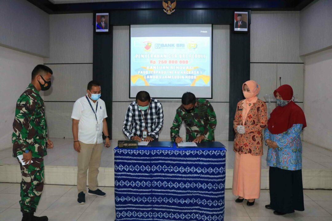 Bank BRI Salurkan Dana CSR Untuk TK Angkasa Lanud Sjamsudin Noor