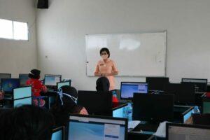 Yasarini Pengurus Cabang Lanud Iswahjudi Adakan Try Out Uji Kompetensi Guru (UKG)