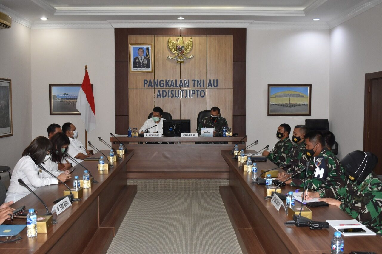 Entry Briefing Tim Pemeriksa BPK RI di Lanud Adisutjipto