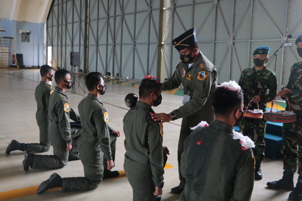 Lima Penerbang Skadron Udara 31 Raih Kualifikasi Captain Body Right dan Copilot