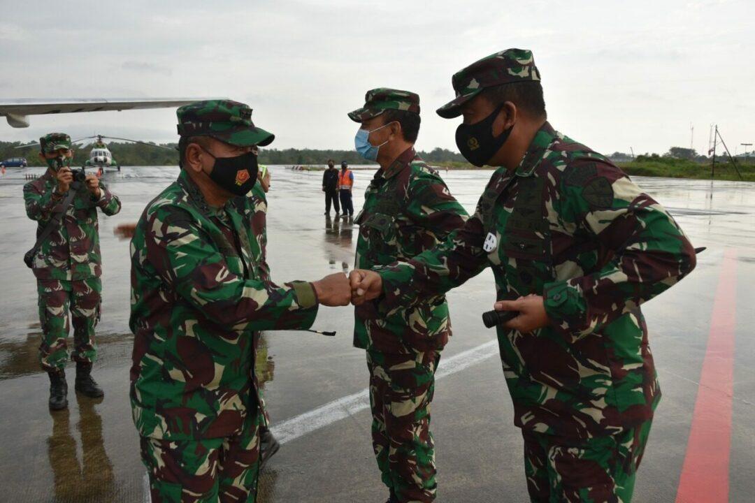 Danlanud RHF Sambut Kunjungan Kerja Kasum TNI di Tanjungpinang