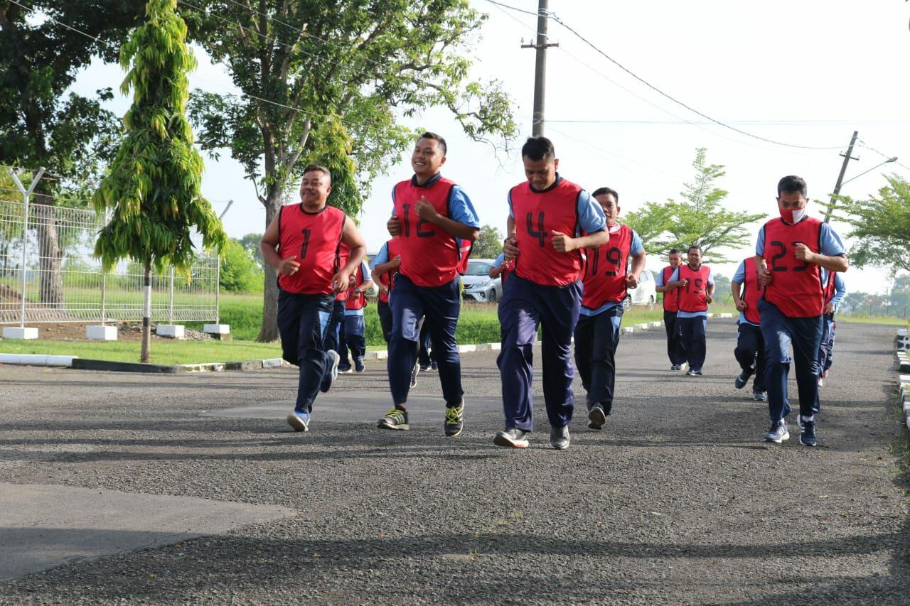 Personel Lanud Sugiri Sukani laksanakan Tes Samapta