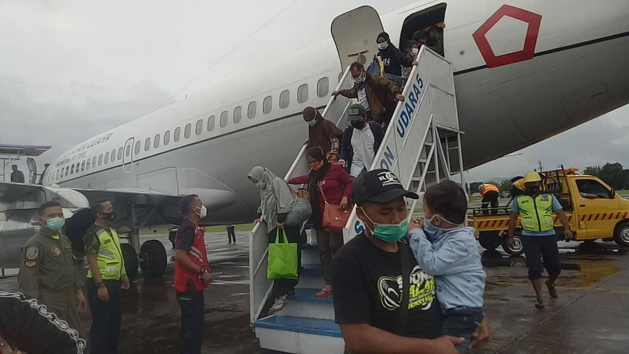 Hari ke-5 Pasca Bencana Mamuju Sulbar Bantuan Kemanusiaan terus diditribusikan Melalui Lanud Sultan Hasanuddin
