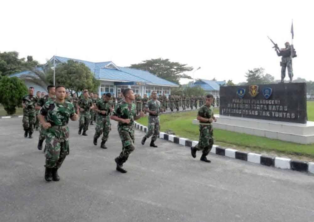 Hadapi Penerjunan, Prajurit Yonko 462 Paskhas Melaksanakan Penjapara