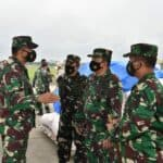 Kasau Tinjau Kesiapan Pengiriman Bansos ke Sulbar dan Kalsel di Lanud Halim