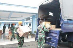 Kepedulian Keluarga Besar Pusdiklat Paskhas Beserta Pia Ardhya Garini Cab 5/G.IV Pusdiklat Paskhas Memberikan Bantuan Kemanusiaan Untuk Korban Banjir Di Kalsel