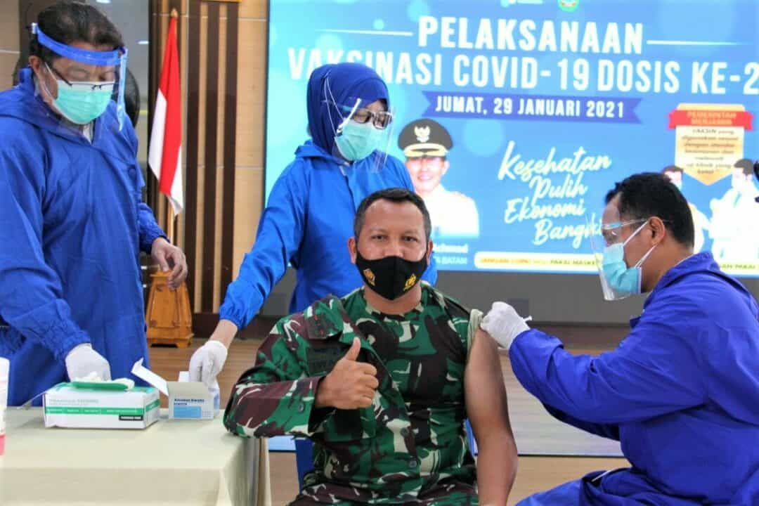 Danlanud Hang Nadim Dan Jajaran Pejabat Pemda Batam Beserta FKPD Batam Kembali Divaksinasi Tahap I Dosis ke-2.
