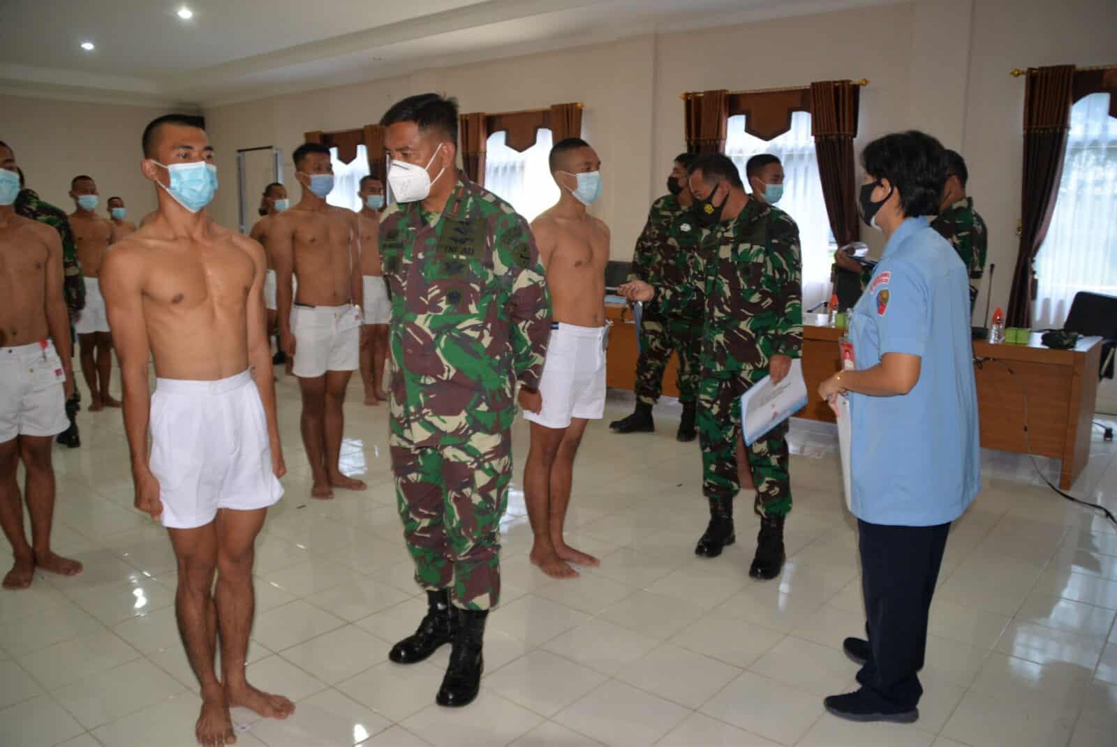 20 Casis Tamtama Paskhas TNI AU Mengikuti Pantukhirda di Lanud Suryadarma