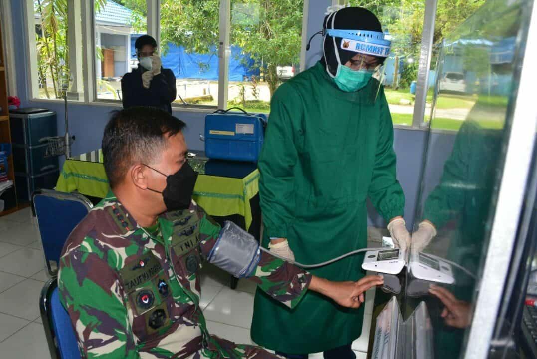 Dukung Program Pemerintah Demi Keselamatan Bersama Komandan Lanud Sjamsudin Noor Vaksinasi Covid-19