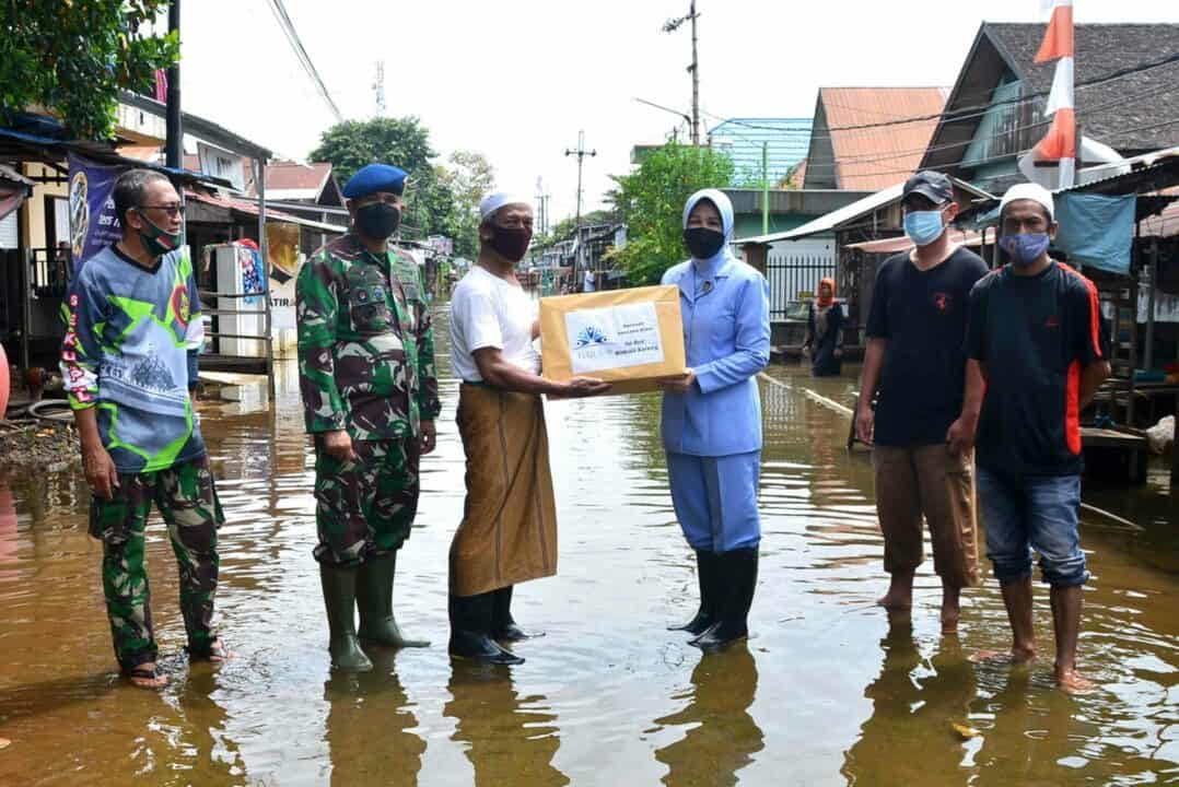 Bantuan Sosial Untuk Pemulihan dan Pertolongan Masyarakat Terdampak Banjir di Wilayah Kabupaten/Kota di Kalimantan Selatan