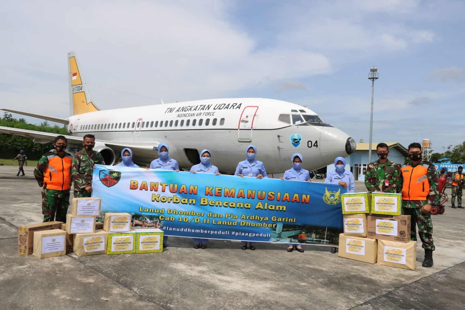 Peduli Korban Gempa Sulawesi Barat, PIA AG Cabang 10/ D.II Lanud Dhomber Kirim Bantuan.