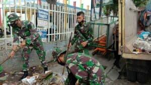 Danlanud Rsn Bersama Personelnya Ciptakan Pekanbaru Bebas Sampah