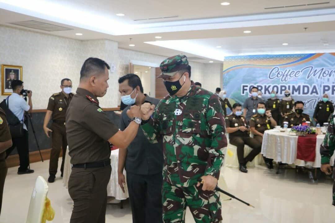 Danlanud Rsn Hadiri Coffe Morning Pimpinan DPRD Riau