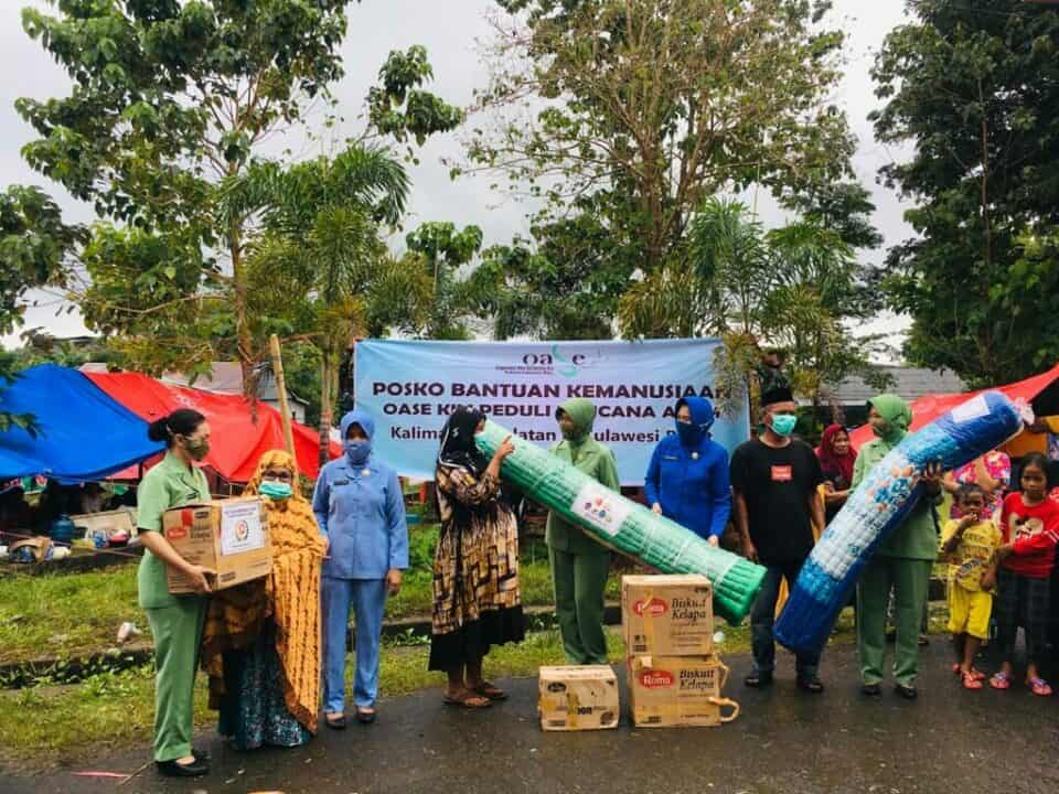 Penyerahan Bantuan Sembako oleh Dharma Pertiwi Pusat kepada Korban Gempa Bumi di Mamuju Prov. Sulbar Bantuan sembako dari Dharma Pertiwi