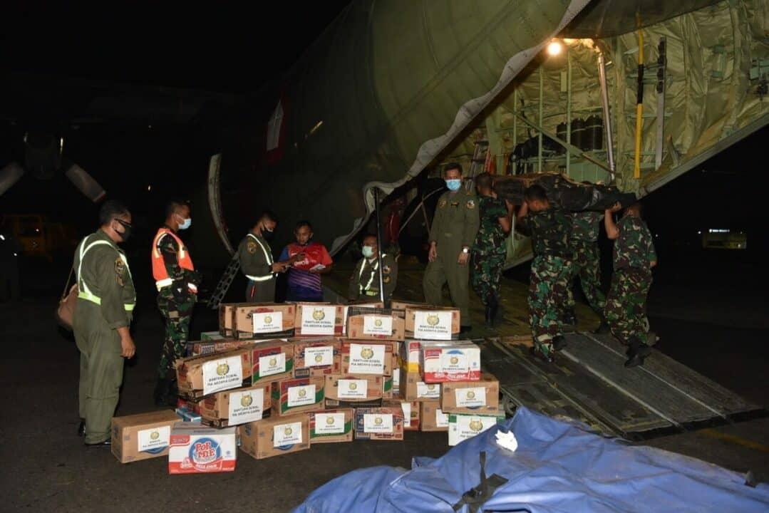 TNI AU telah distribusikan 85 Ton Bantuan ke Mamuju dan Majene serta Banjarmasin
