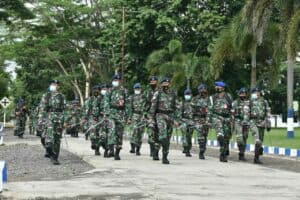 Guna Melatih Sikap Militer, Personel Lanud Pangeran M. Bun Yamin Latihan PBB