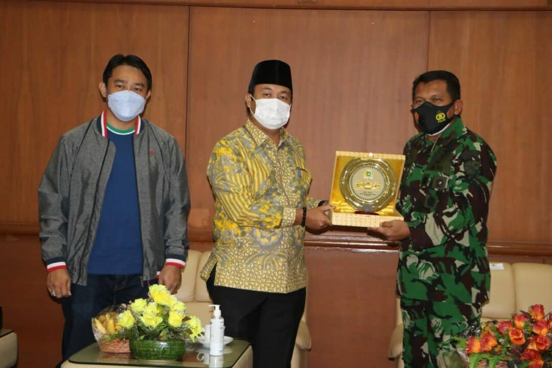 Danlanud Rsn Silahturahmi ke DPRD Riau