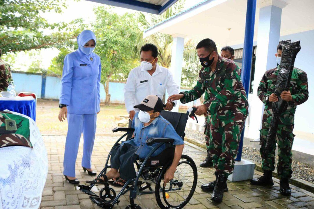 Peduli Untuk Banua, Lanud Sjamsudin Noor Gelar Bakti Sosial Di Wilayah Desa Raden Kecamatan Kurau Kabupaten Tanah Laut Kalimantan Selatan