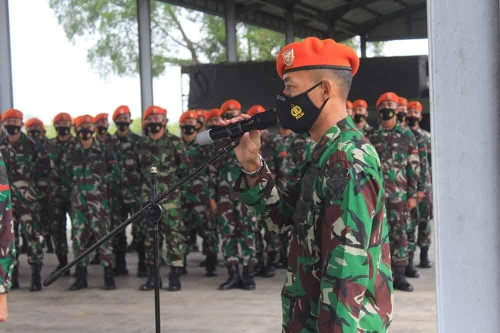 Danyonko 468 Paskhas Beserta Pejabat Dan Staff Menyambut Kedatangan Satgaspam Alutsista Satgaspam Alutsista Satrad 244 Merauke