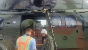 Pesawat Super Puma H-3213 Milik TNI Angkatan Udara Angkut Bansos ke Mamuju