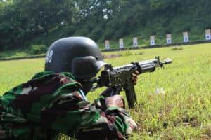 Siswa Semaba Wara Angkatan 46 Laksanakan Latihan Menembak
