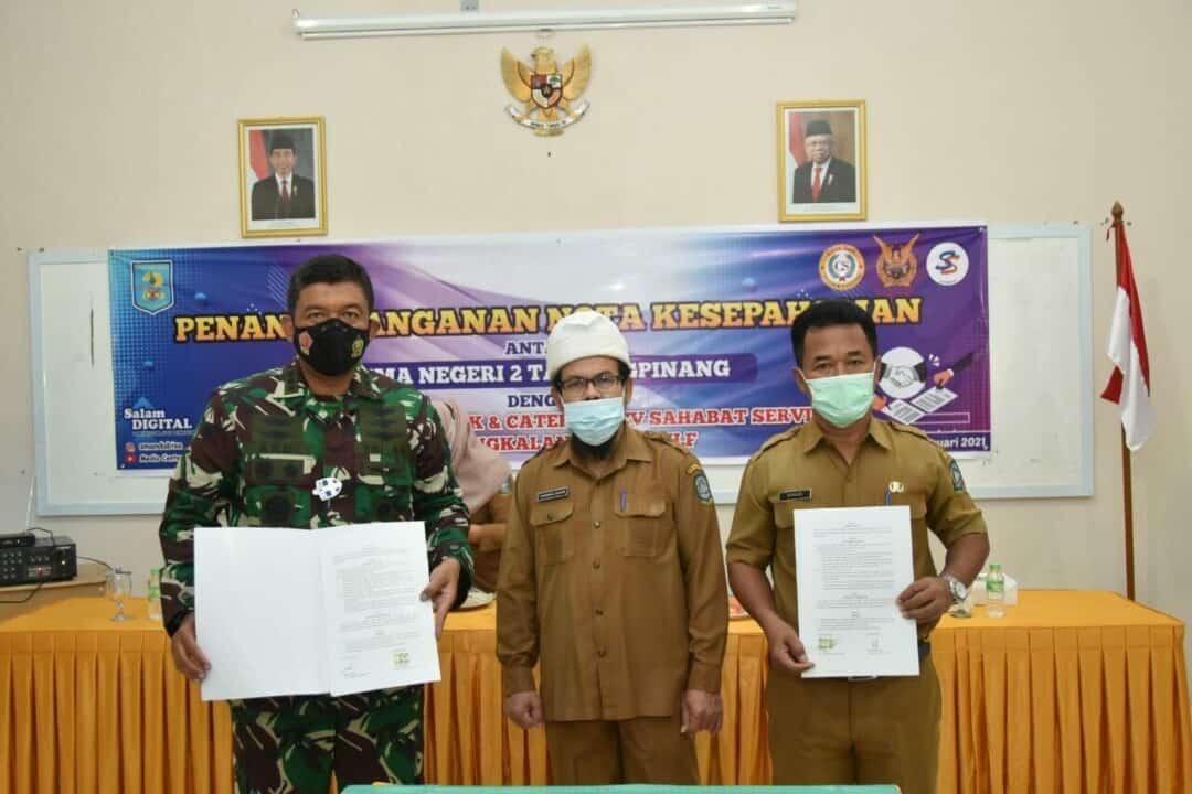 Danlanud RHF Ikuti Penandatanganan Nota Kesepahaman di SMA N 2 Tanjungpinang