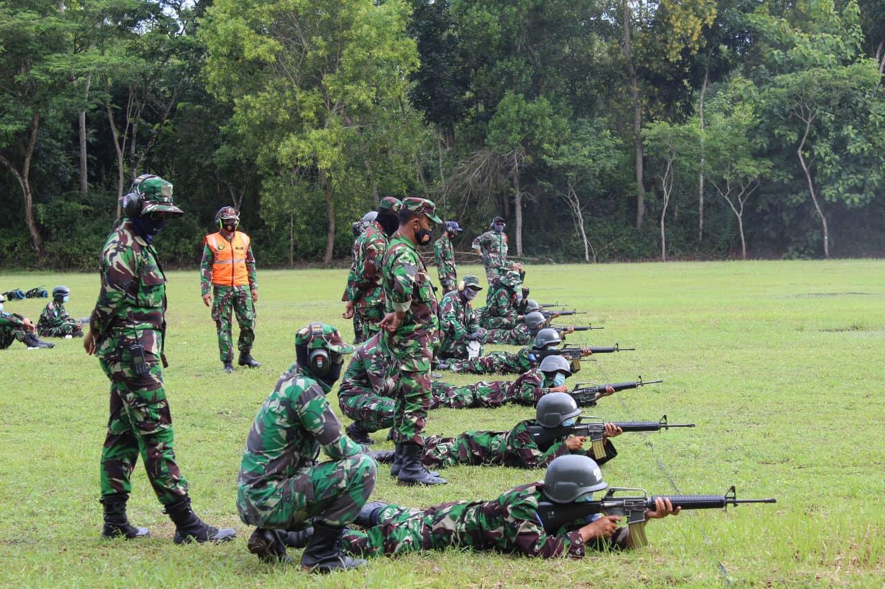 Latihan Menembak Tingkatkan Kemampuan Siswa Semaba Wara