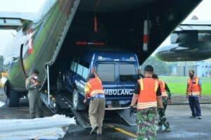 C-130 HERCULES TNI AU distribusikan 8 ton Logistik ke Daerah Gempa & Banjir