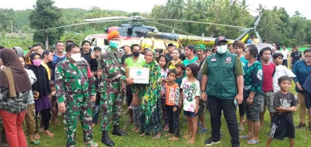 Penyaluran Bansos Ke Kabupaten Mamuju Oleh Prajurit Paskhas
