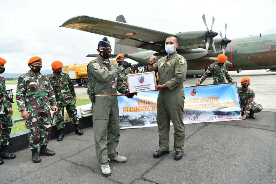 Lanud Adisutjipto lepas bantuan bencana banjir ke Kalimantan Selatan