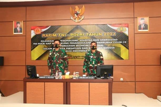 Komandan Lanud Abd Saleh Hadiri Vicon Rapim TNI-Polri Tahun 2021 di Madivif 2 Kostrad