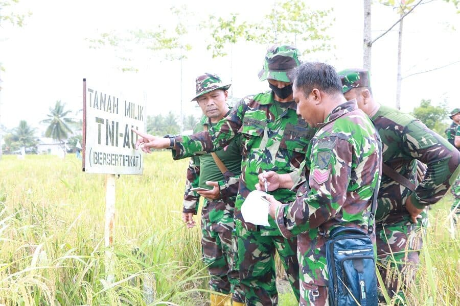Prajurit Lanud Supadio Patroli Pengamanan Aset