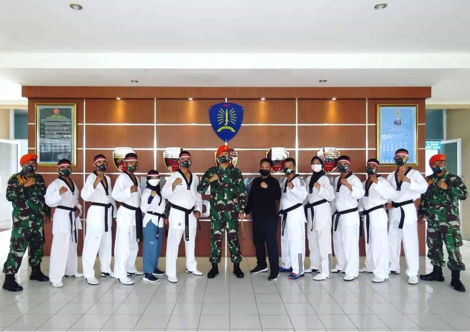 Yonko 462 Paskhas Berhasil Mencetak Wasit Nasional, Wasit Daerah Dan Black Belt Kukkiwon