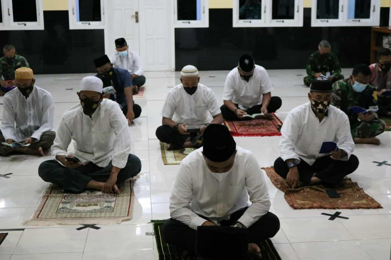 Doa Bersama Jelang Latihan Survival Dasar TA. 2021 Di Lanud Iswahjudi