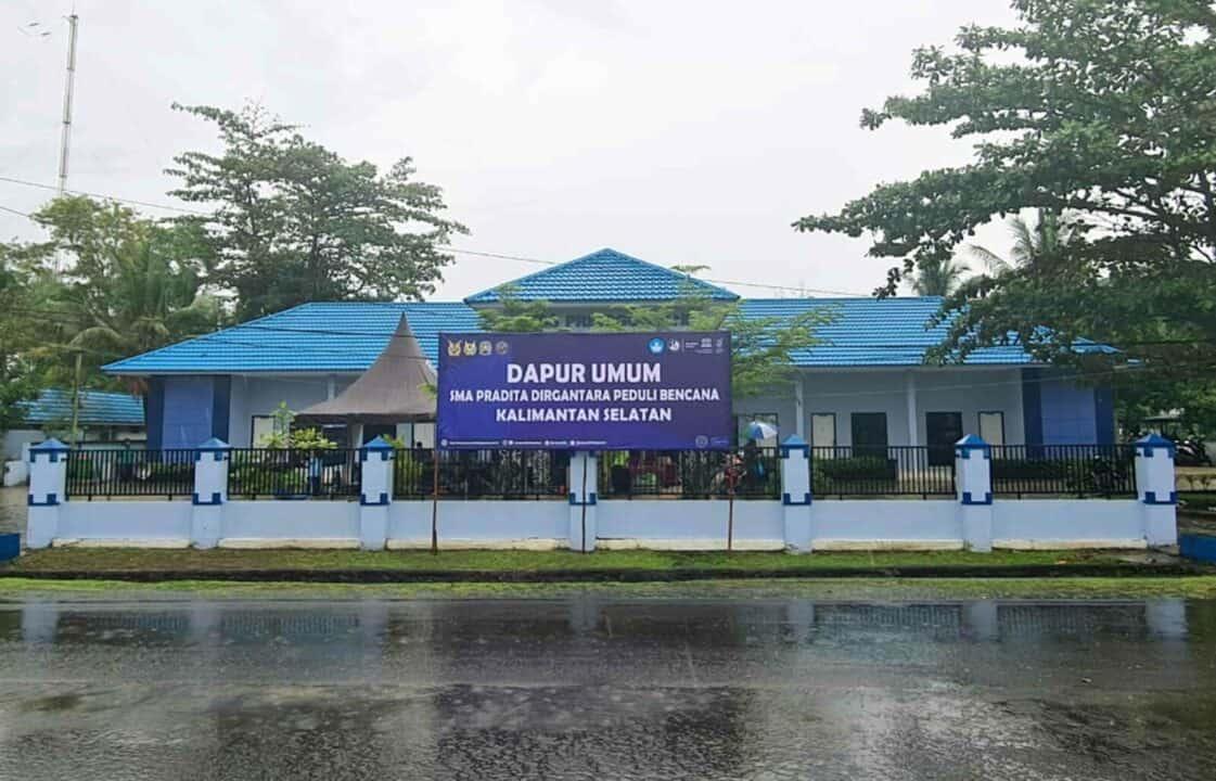 Dapur Umum SMA Pradita Dirgantara Wujud Kepedulian Sosial, Membantu Masyarakat Korban Banjir di Kalimantan Selatan