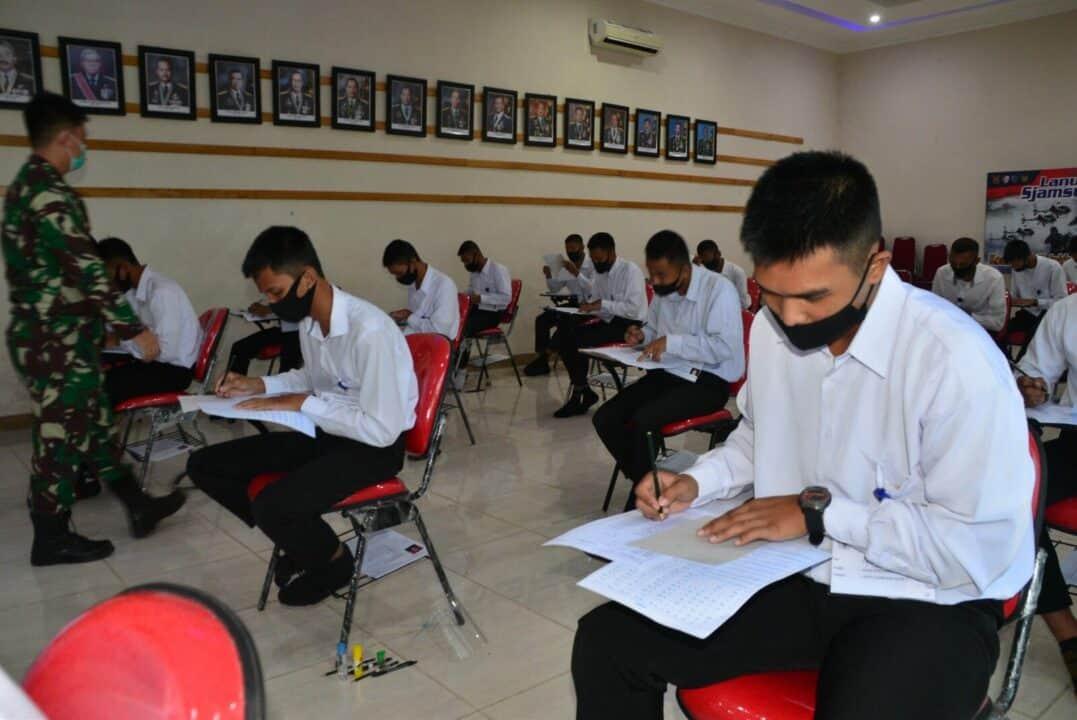 Lanud Sjamsudin Noor Laksanakan Test Psikologi Kepada Calon Tamtama PK TNI AU Gelombang II Tahun 2021