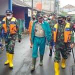Satgas banjir Koopsau I bantu warga Pinangranti terdampak banjir