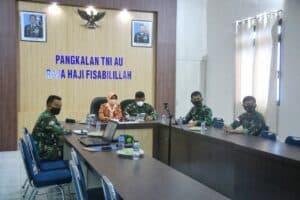 Danlanud RHF dan Ketua Yasarini Pengurus Cabang Lanud RHF Ikuti Rakor PPDB SMA Pradita Dirgantara TA 2021/2022