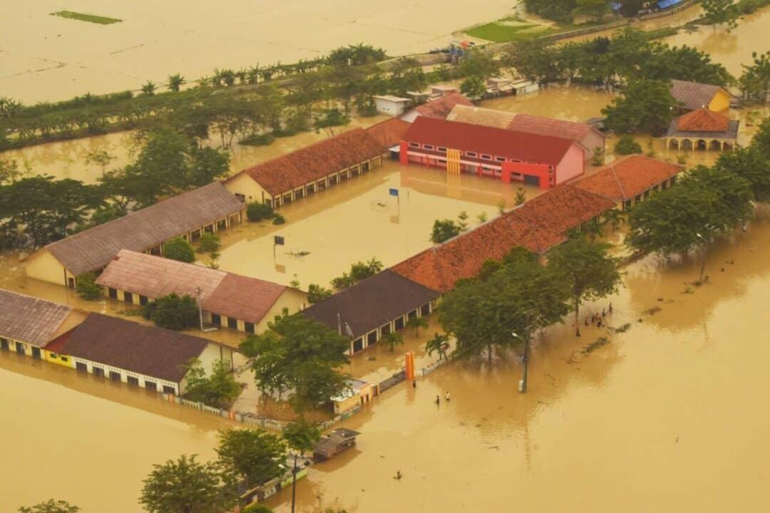 Pantauan udara Helikopter TNI AU, Bekasi masih terendam banjir